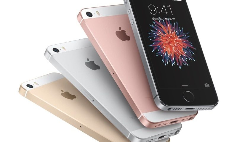 iPhone SE tem sucesso de vendas
