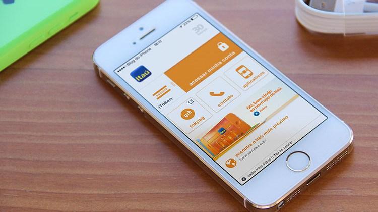 Banco Itaú permite abrir conta corrente por meio do celular